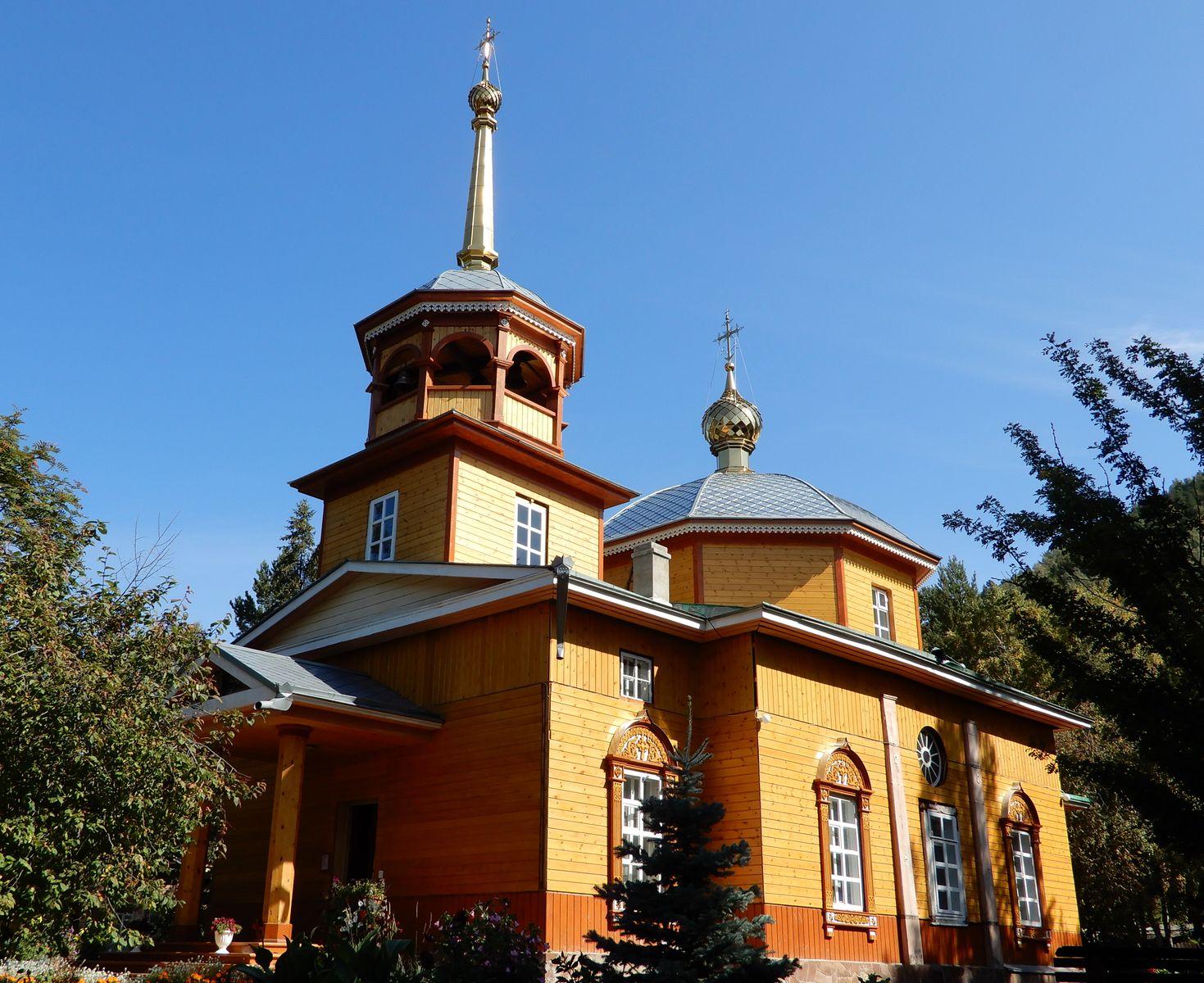 Nikolaikirche in Listvjanka