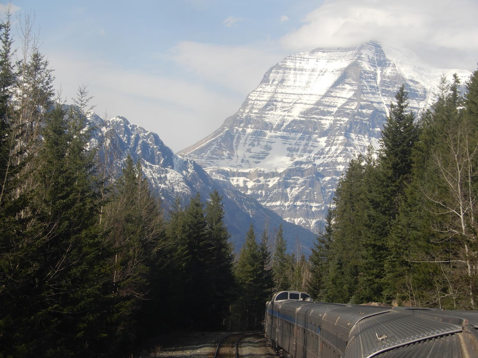 Mt Robson, Canadian Rockies
